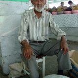 Дед на базаре