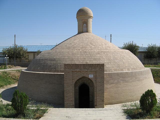 памятники Карши
